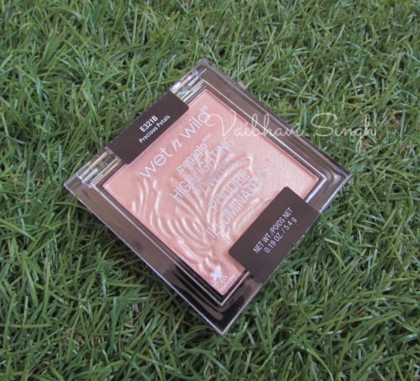 Wet n Wild Megaglo highlighter in Precious Petals Review India