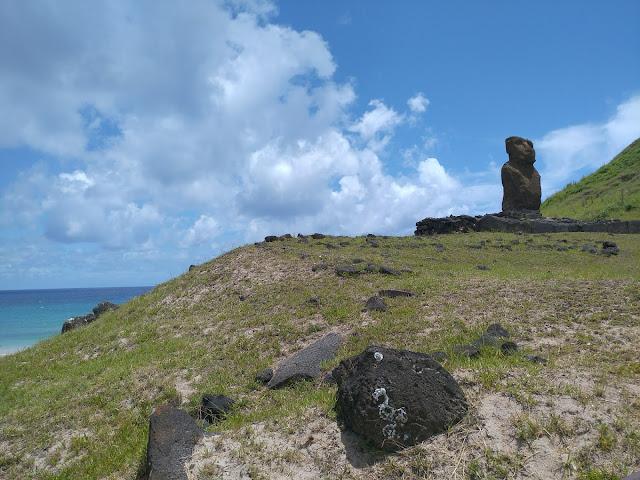 Ahu Ature Huki, Playa de Anakena, Isla de Pascua