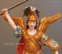 mini statuina piccola santo scultura san michele con spada e drago orme magiche
