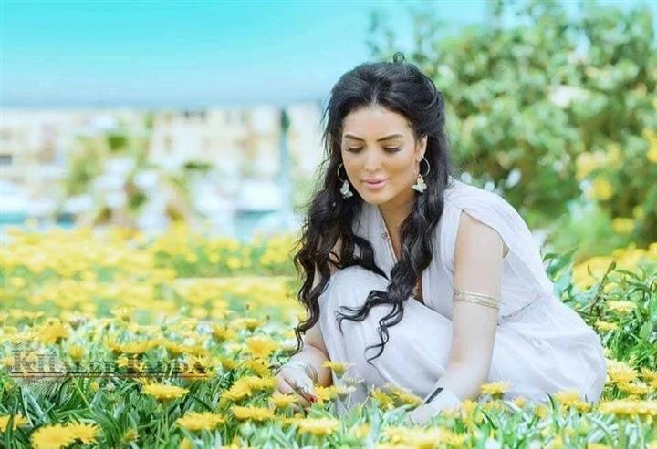 10 photos that reveal the beauty and femininity of Houria Farghali