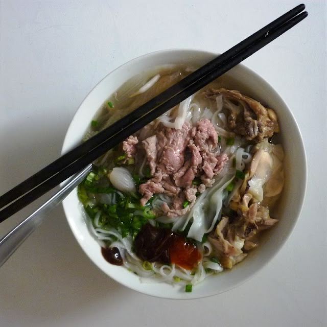 Pho bo (Beef Nooddle Soup)