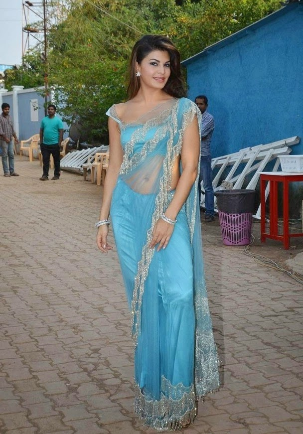 actress Jacqueline fernandez Saree Below Navel Show Photos