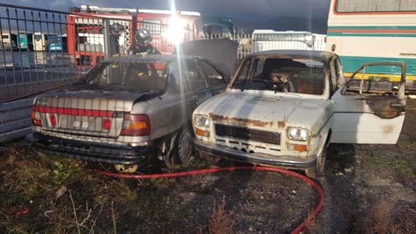 Πυρκαγιά σε δυο αυτοκίνητα στην Τρίπολη
