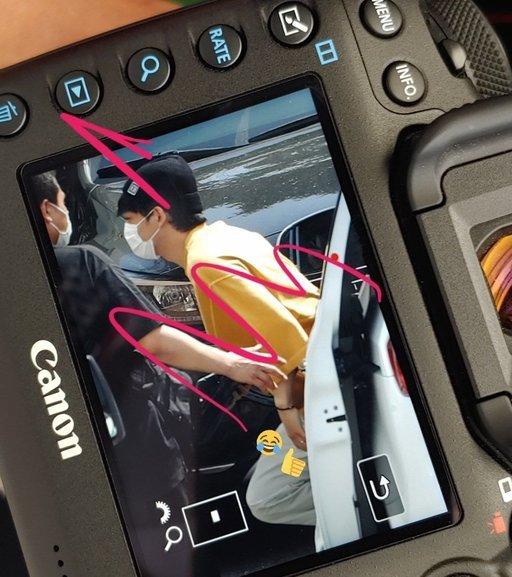 Chen, Baekhyun'u 'Inkigayo'da ziyaret etti