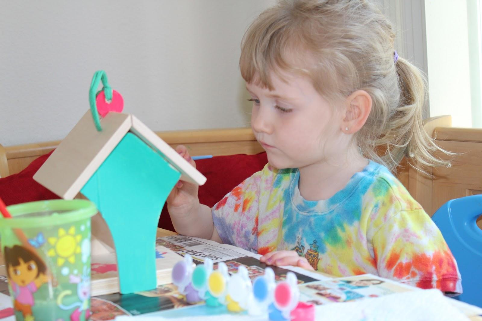 Cool Birdhouse Paint Jobs