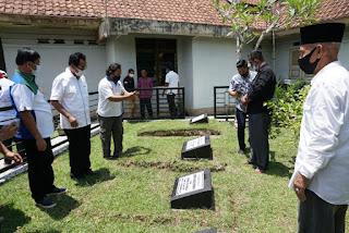 Syafril Nursal Kunjungi Makam Salah Satu Tokoh Adat Provinsi Jambi