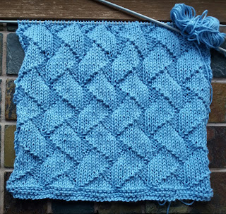 Knitted dish cloth in cotton