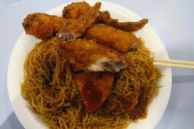 Yan (焱), chicken wing luncheon meat bee hoon