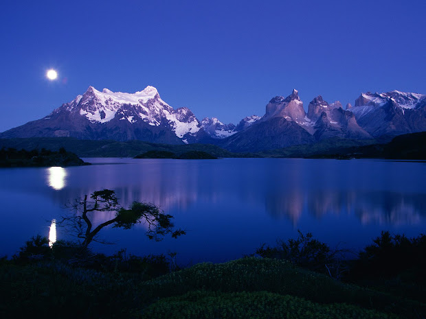Torres Del Paine Mountains