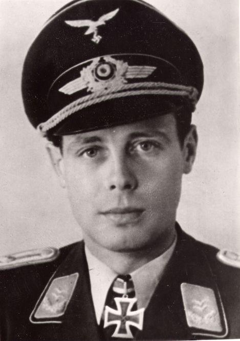 Peter Ferdinand Freiherr von Malapert-Neufville, 23 August 1941 worldwartwo.filminspector.com
