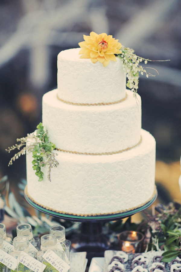 bride+groom+bridal+dress+gown+floral+hair+wreath+rustic+woodland+ecofriendly+eco+friendly+green+emerald+color+of+the+year+pantone+cake+dessert+table+reception+centerpiece+blue+hipster+fall+autumn+gideon+photography+12 - Woodland Fairytale