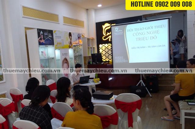Cho thuê máy chiếu tổ chức hội thảo vừa và nhỏ tại Hà Nội