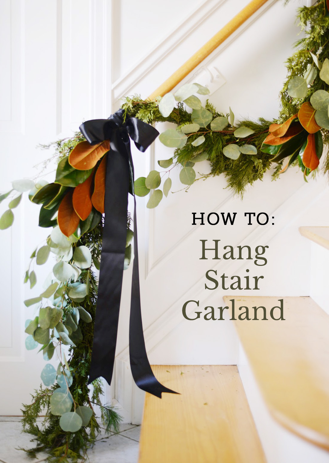 how to hang stair garland, stairway garland, staircase garland christmas