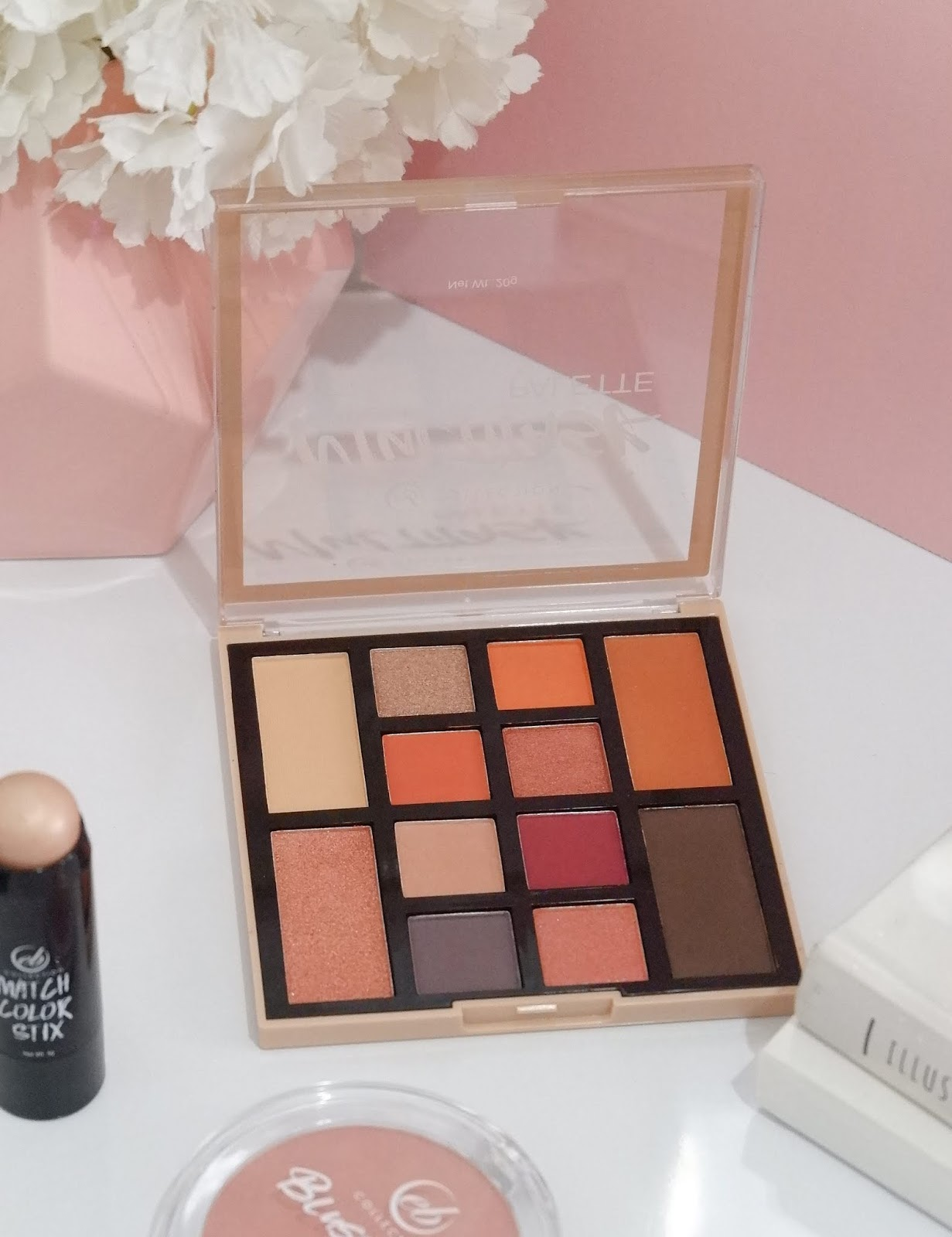 EB COLLECTION  MULTITASK PALETTE