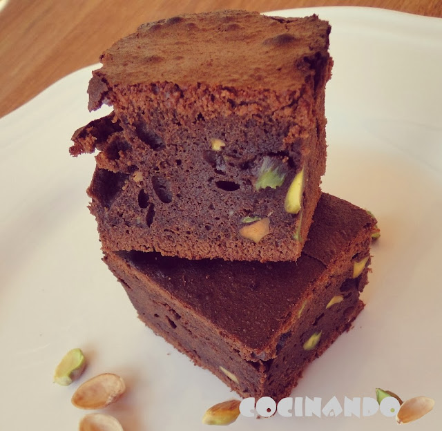 Brownie De Chocolate Con Pistachos