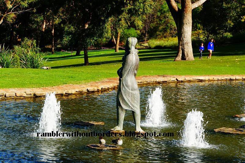 Statue of Pioneer Women's Memorial, Kings Park, Perth