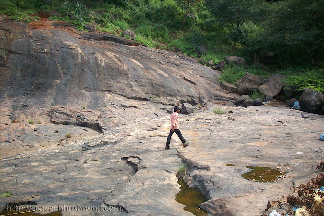 Virupatchi Talakuthu Falls Best trekking places near Madurai