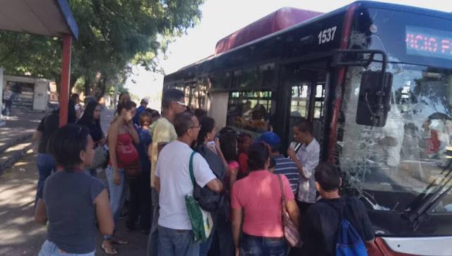 Pasaje de Caracas al Litoral Central aumentó 3.125% en siete meses
