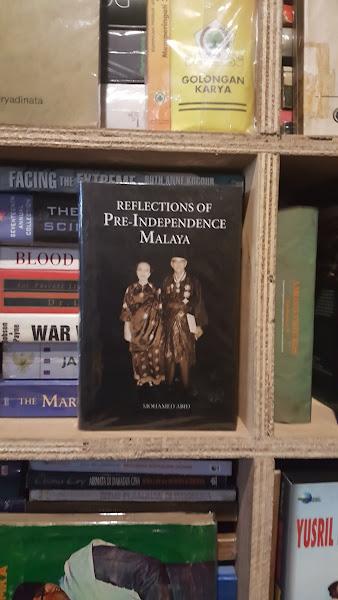 Buku Malaya