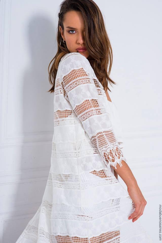 Blusas con géneros delicados moda primavera verano 2018.