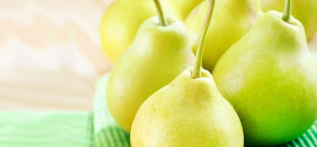 Find advantages of pears for the body, skin and hair