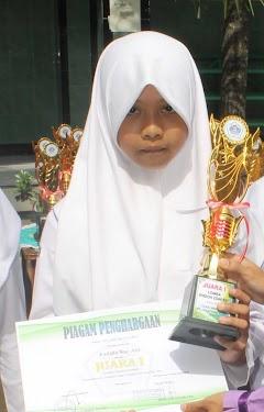 Dilla Siswi MTs Salafiyah Kajen Ukir Prestasi Atas Dasar Suka