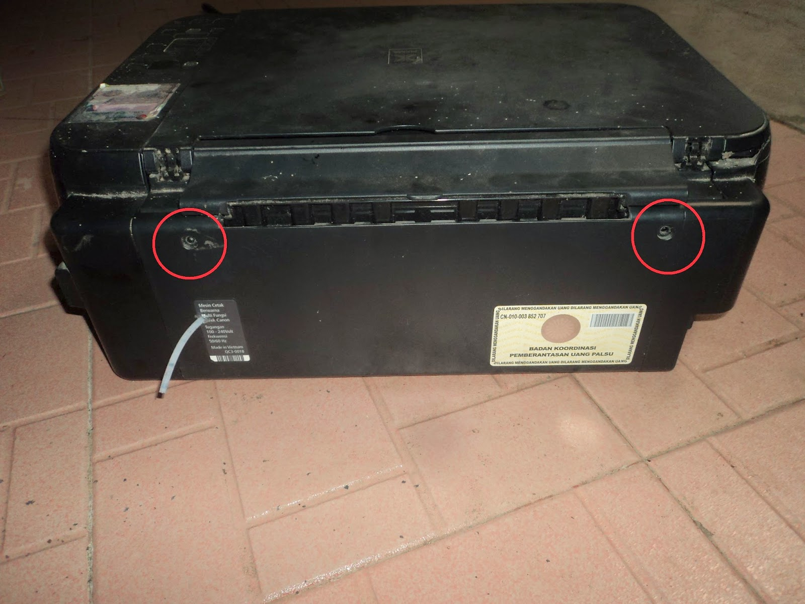 In this post I will inform how to disassembly canon MP-287 1. Open 2 screw  in back of printer