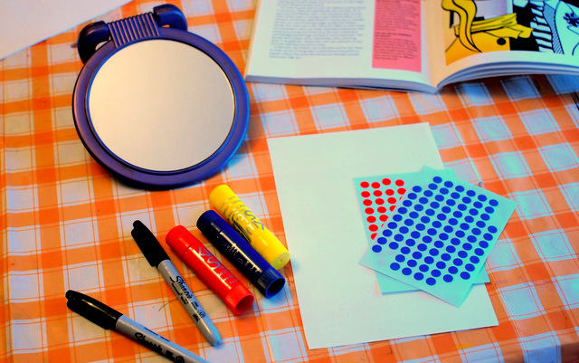 Making Lichtenstein-inspired Modern Art with kiddos!