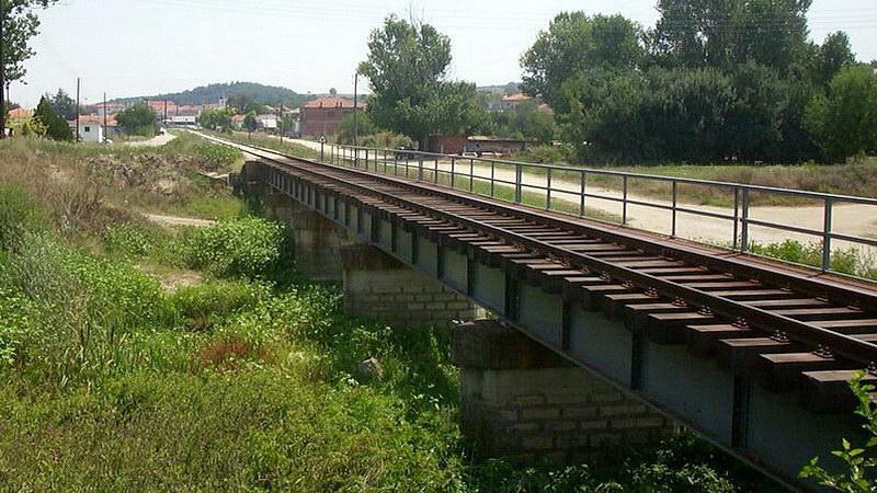 Ιστορικός περίπατος της ΚΝΕ στη γέφυρα των Δικαίων Έβρου