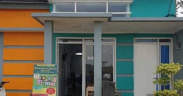 Cat Rumah Warna Abu Abu Tampak Depan - Sekitar Rumah