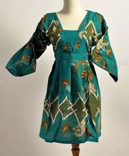 Gaun batik wanita lengan panjang model atasan
