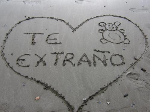 Amor Escrito En Arena: Foto Te Extraño Escrito En La Arena