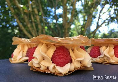 mille-feuilles aux framboises, mille-feuilles ganache dulcey, ganache montée au chocolat dulcey, dessert aux framboises, mille-feuilles avec des feuilles de brick, feuilles de brick en dessert, dessert croustillant et fondant, patissi-patatta