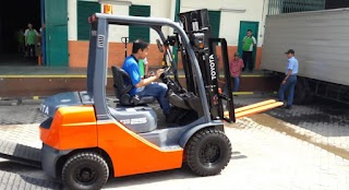 Cara Aman Mengoperasikan Forklift Yang Perlu Anda Ketahui