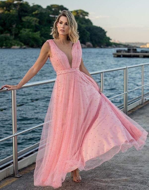 vestido longo rose bordado com pérolas