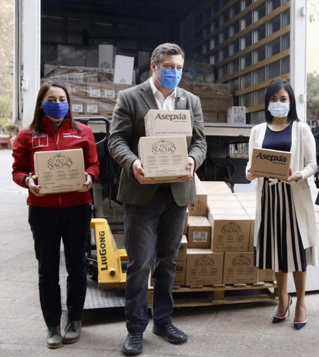Donan 11.000 productos para el cuidado personal y salud