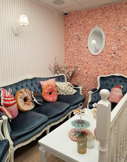 salon de thé rose féerique charleroi