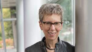 Terry Gross: Fresh Air Host  Wikipedia, Biography, Age, Height, Salary, Husband, Family