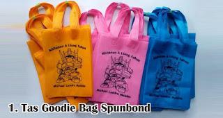 Tas Goodie Bag Spunbond merupakan salah satu jenis tas cantik untuk bingkisan ulang tahun anak