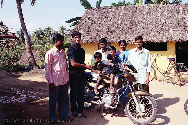 A family in the a South Indian Village near Dharmapuri