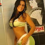 Andrea Rincon, Selena Spice Galeria 11 : Lycra Verde Foto 17