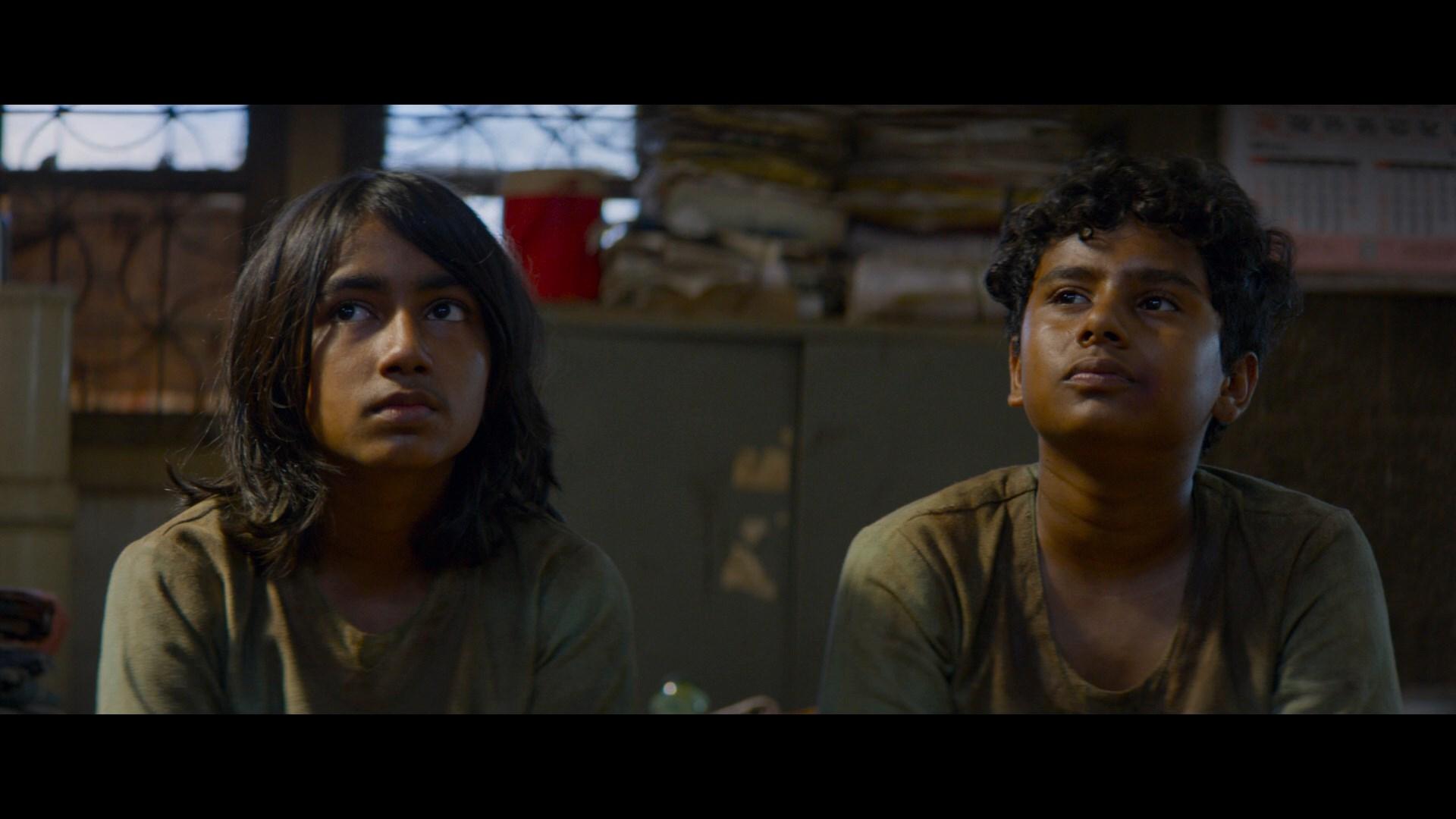 Un Millonario con Suerte (2018) 1080p BRRip Latino