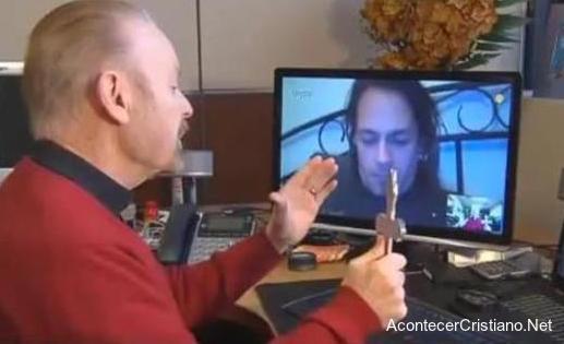 Exorcismos a través de Skype