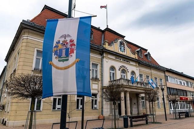 Elkapta a koronavírust Balassagyarmat polgármestere, bezárják a Városházát