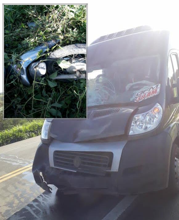 Mulher morre após colisão entre carro e moto na BR-101 trecho de Governador Mangabeira/BA