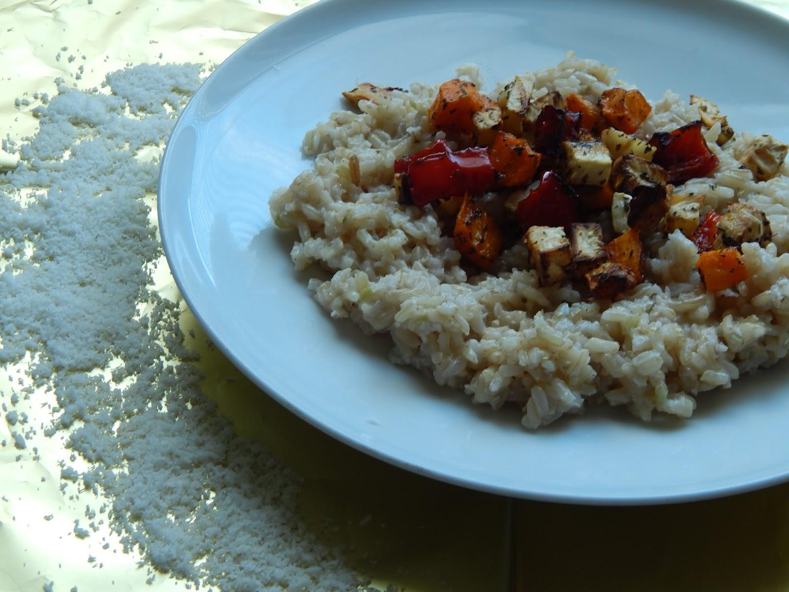 Veganské kokosové rizoto s pečenou zeleninou