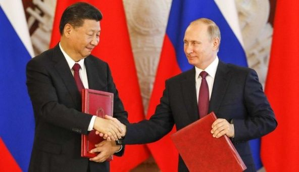 Putin aboga por cumbres regulares entre Rusia, India y China
