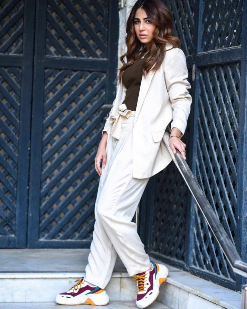 Actress Ushna Shah