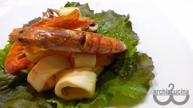 Gamberoni e calamari al forno