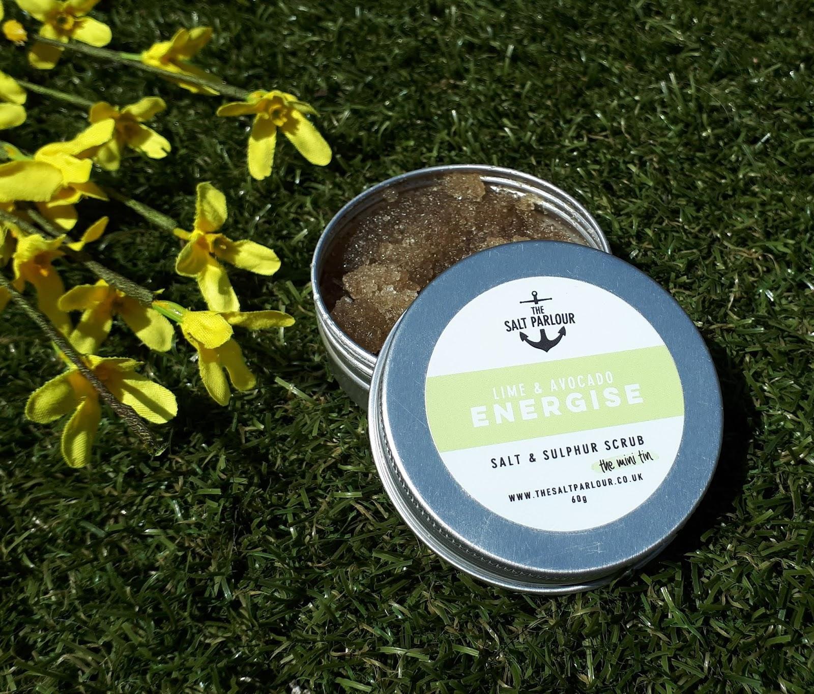 Plastic Free summer essentials - The Salt Parlour energize scrub review